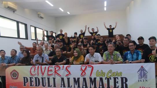 """Civer's 87 We Care Peduli Almamater """"Peresmian Ruang Kelas B3"""""""