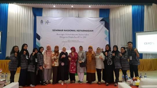 Seminar Nasional Kefarmasian Fakultas Farmasi