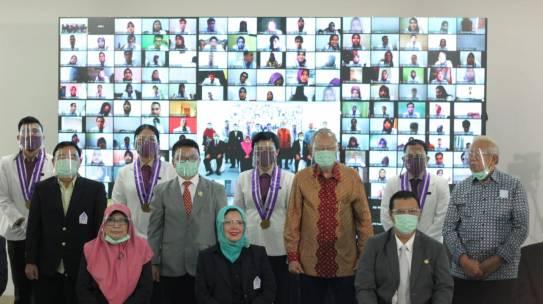 Fakultas Farmasi ISTN sukses melaksanakan Sumpah Apoteker angk 37 secara daring
